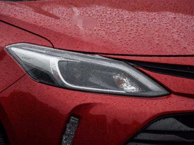 丰田真力派汽车,配高级CVT,5.1L油耗,吊打本田飞度