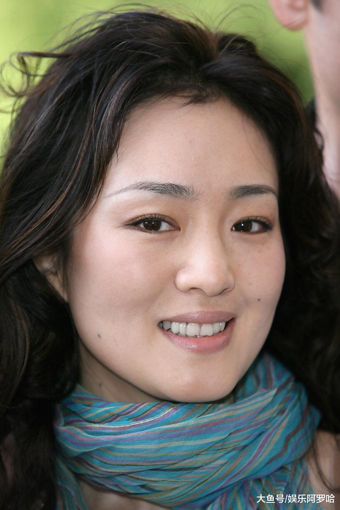 明星告诉你中国籍多难入?李连杰3次申请被拒,只有他俩做到了