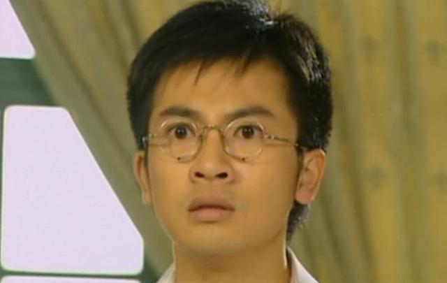 情深: 听到依萍病危, 人人注重雪姨的脸色, 网友: 心萍也是她的债