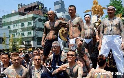日本最年夜的玄色组织,日本警员对他们一筹莫展,但畏惧中国那小我