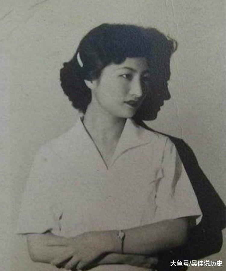 她服侍过戴笠和毛人凤,潜伏大陆30年,最后嫁给农民生了8个孩