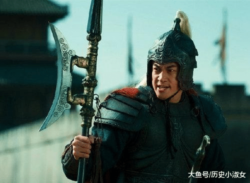他不敌马超、赵云等将, 跟随曹操后, 成为三国前期无敌的存在