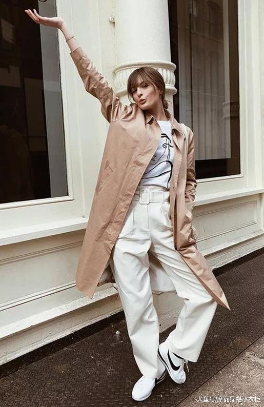 基础单品展现高格调,随性又实穿的小白鞋,让你变得魅力满分