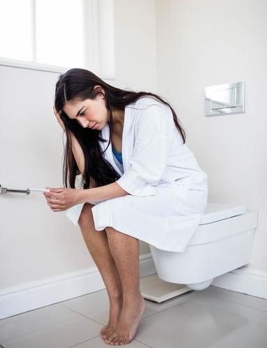 """生理期结束后, 妇科炎症加重了? 常用""""它""""泡"""
