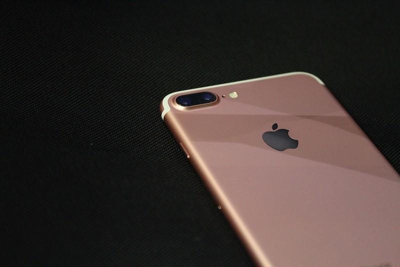 从7188元降至4199元,128G苹果老旗舰+防水,力拼华为Mate20!