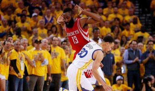 若哈登取库里交换, NBA款式将如何改变? 火箭和懦夫合作力皆下滑