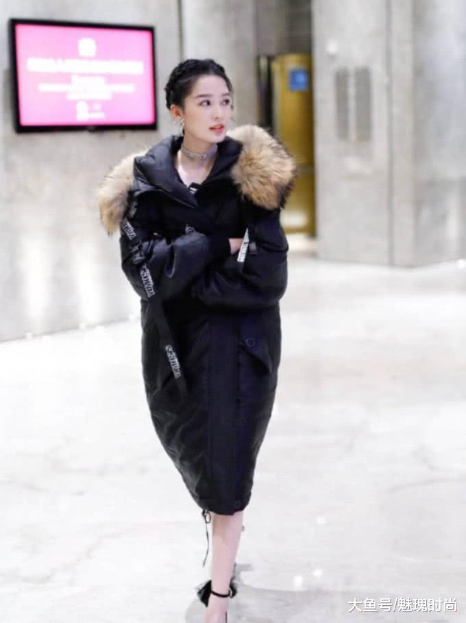 """有一种""""编发""""叫做李沁, 当她脱下棉袄的那一刻, 初恋的感觉"""
