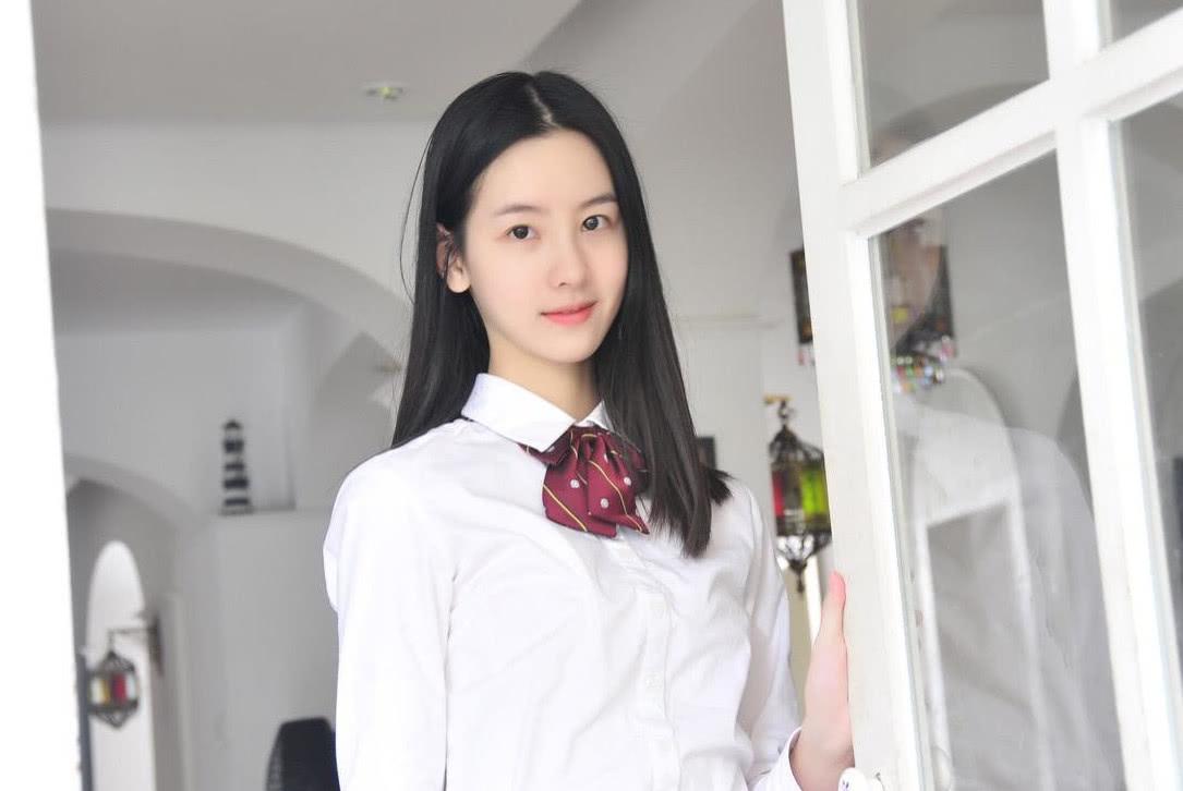 刘恺威职场新剧开机,女主竟是小19岁的她,网友:熬夜也要追!