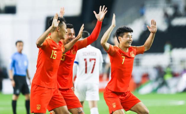 亚洲杯最新夺冠赚率! 国足骤降, 或成年夜黑马 韩日伊仍然稳居前3!