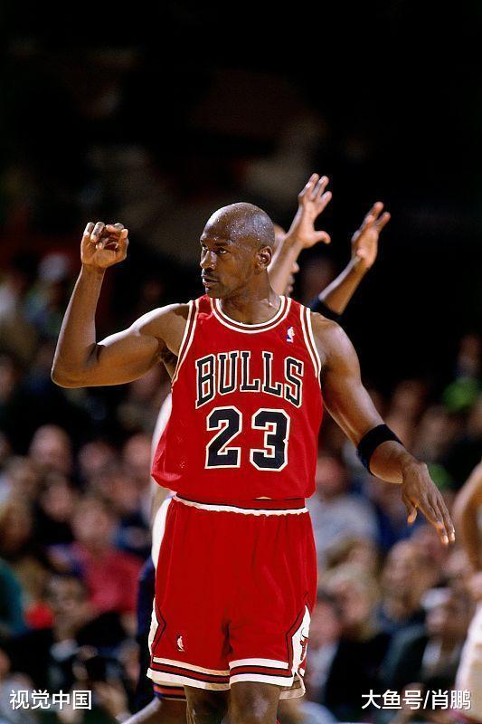 明天的篮球实的掉队于九十年月?库里、哈登大概在谁人时期更无敌!