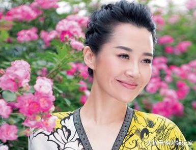 49岁许晴至今单身,被采访生理需求问题时,她的回答让男生害羞!