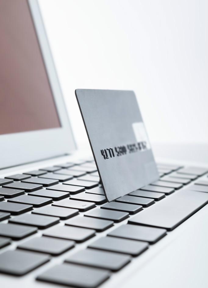 信用卡和网贷逾期后,这几件事情,千万不要做!
