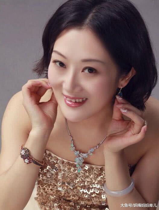 42岁高龄网红吴梦舍命产子,最终离世,高龄产妇真的这么危险吗