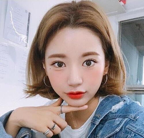 """2019初春最火的""""卷短发""""发型,想换发型的女生可以做参考!图片"""