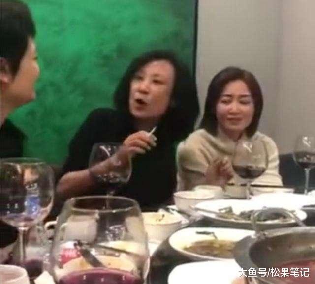"""苏小明的""""粗鄙""""取女硕士的""""斯文"""""""