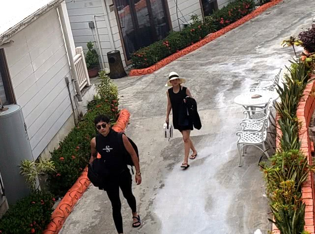 Rain首度公开妻子金泰希与两岁女儿生活照,画面实在太幸福了