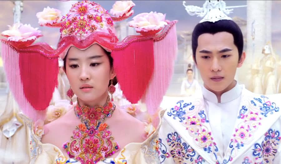 """被刘亦菲《三生三世》的""""婚纱""""丑哭?那是你没见过原稿,心动了"""