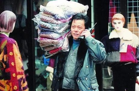 他是中国第一个利用脚机的人,而他所选号码,也是让人切切出念到