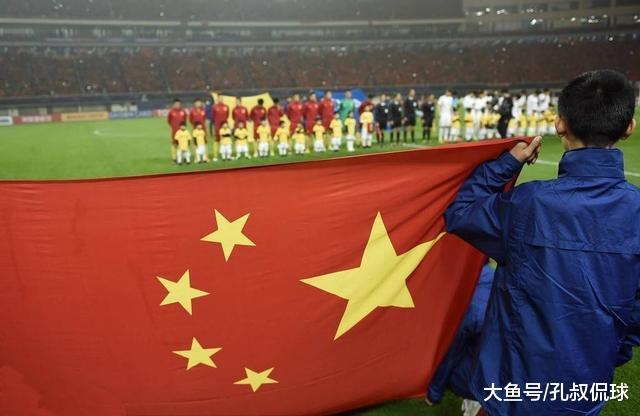 1比0韩国之后, 国足再迎声誉之战! 里皮用四字回应中国媒体和球迷