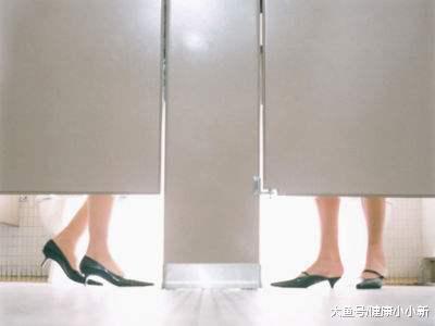 """女子晨起""""第一泡尿"""",若泛起那3种现象,能够子宫曾经病变了"""