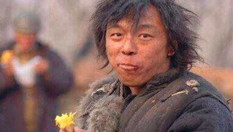 都是扮演农民工,黄渤最像,刘德华最走心,但都输给了他