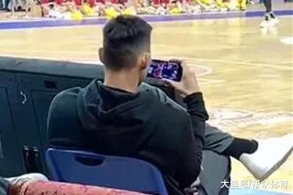 杜锋交班人让阿联放心看辽篮 锻练赞其首脑国度队有他位置吗?