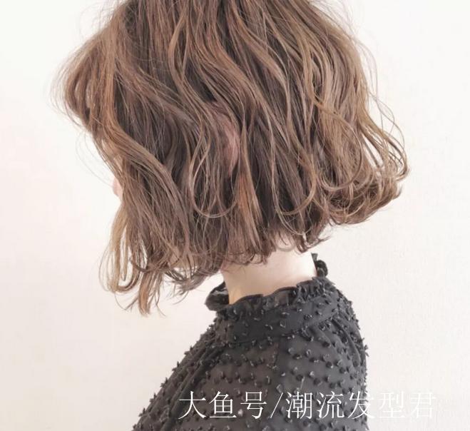 2019流行纹理烫发31款图片