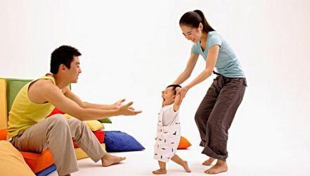 """孩子尽量少要用""""二脚器械"""", 能够对孩子好, 为了孩子无妨一看"""