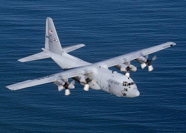 好军空中炮艇设备年夜心径榴弹炮,有了运20中国空军也能魔改