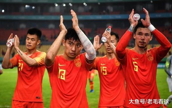 卡纳瓦罗下课?一名帅现身中国杯主席台有何目标