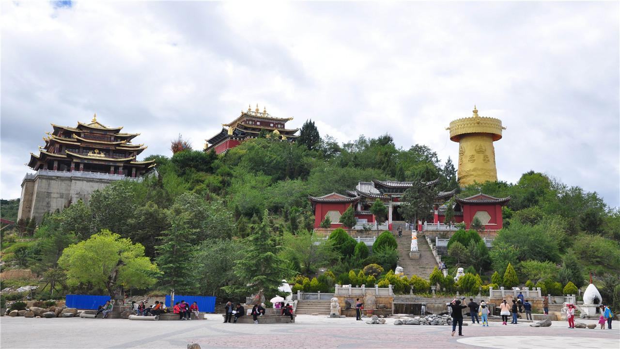 龟山风景区在历史上就是有名的游览胜地,这里有辛亥革命领导者黄兴