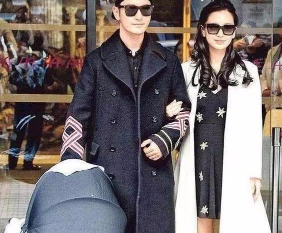 同样是产后出院,赵丽颖才是产妇该有的样子,baby杨幂太假了