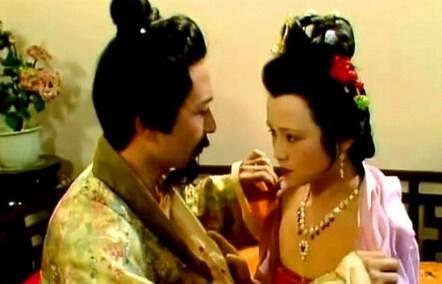 红楼梦:秦钟和柳湘莲进贾府,攀上高枝还是掉进大染缸