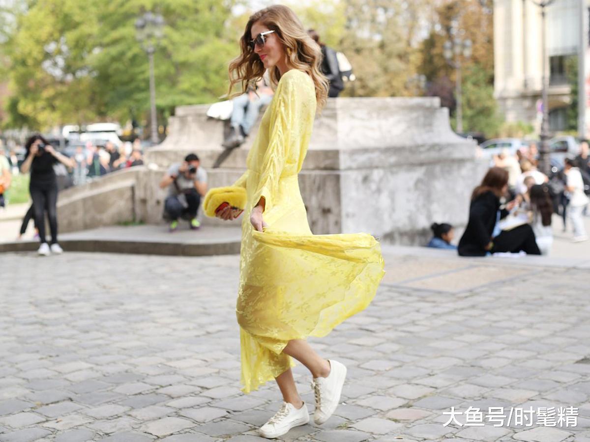 """2019年春天,这3条""""裙子""""悄悄流行,先穿的女人都美了!"""