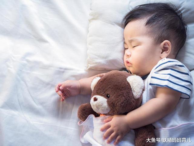 2岁宝宝睡觉打呼噜,是宝宝睡得香,还是生了病?