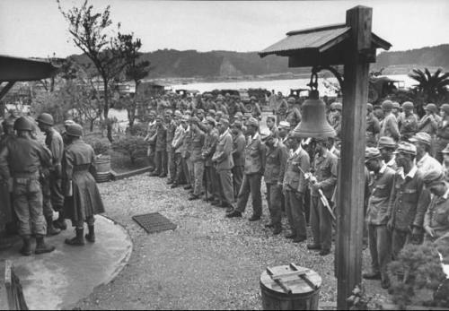 日本屈膝投降后, 东北的几十万日本女子最初往哪了? 道出去您可别不疑