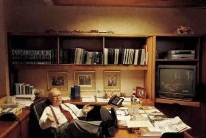 年利润是阿里腾讯的4倍,总部却只有25人,老板办公室只有16平米