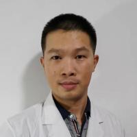 皮肤科医生谭颖