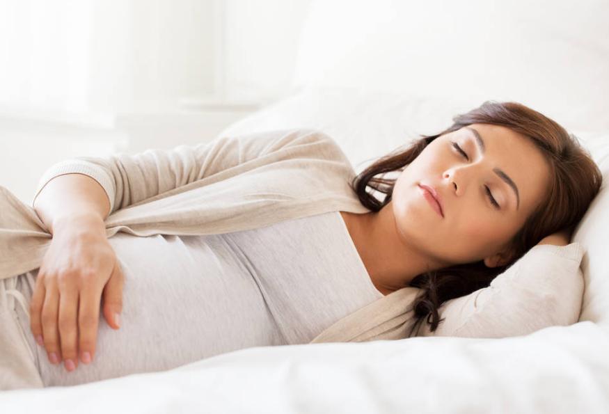 """有孕前期,妊妇睡觉时有那几种""""现象"""",能够反应了宝宝发育环境"""