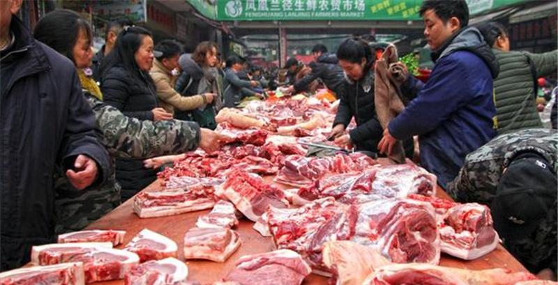 """12月3号猪价""""暴涨""""明显,什么原因导致的2020年猪肉会降价吗"""