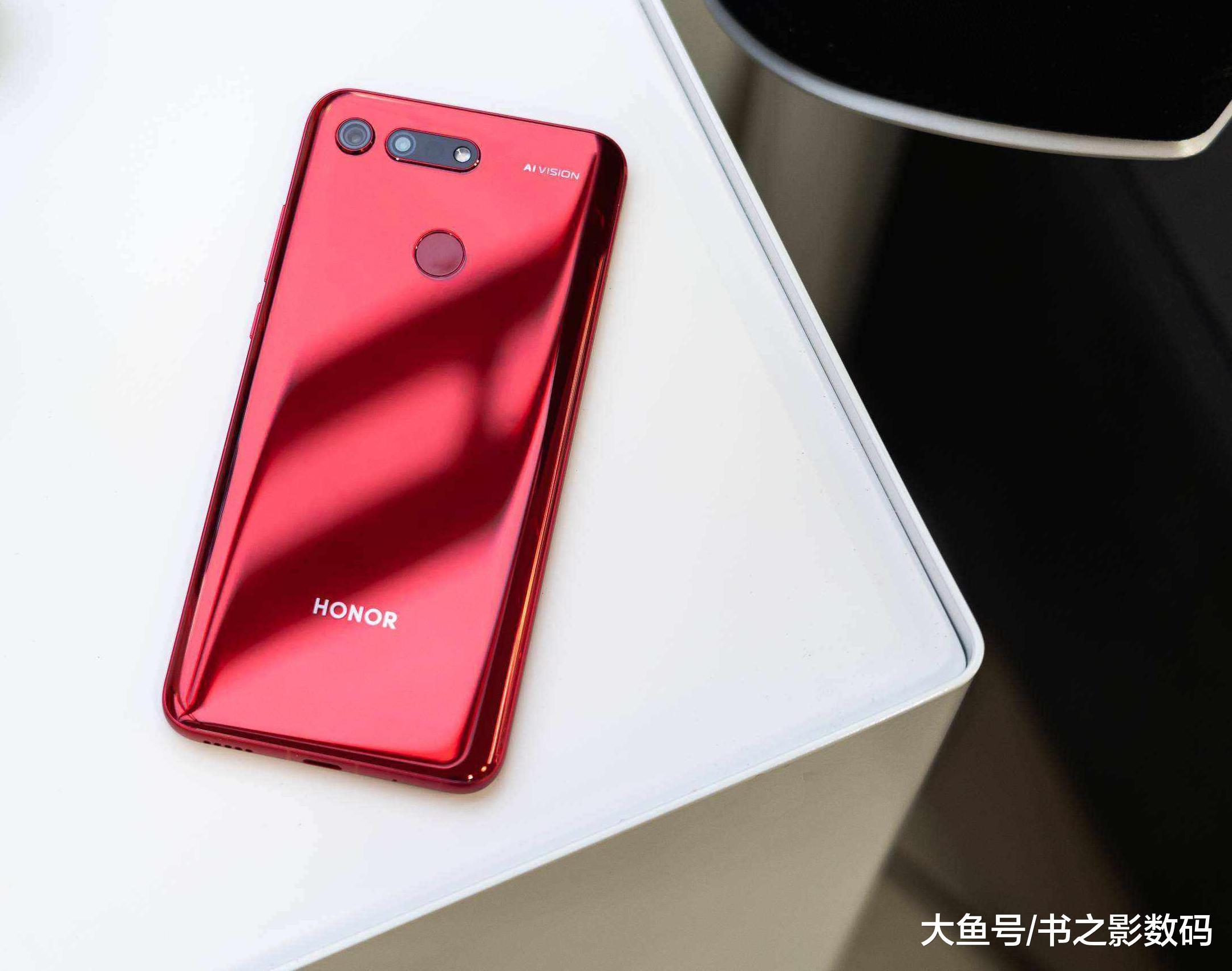 从2999降至1699,最便宜的麒麟980旗舰手机,如今让千元机很难受