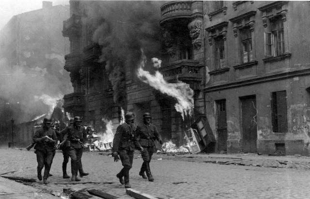 华沙起义失利,实的是果为苏联漠不关心?