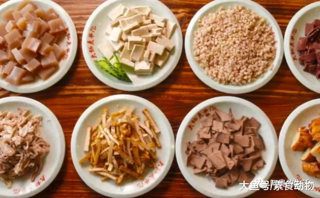 陕西澄城这种泡馍,大多数人都没有吃过,一碗下肚满脸汗水很过瘾