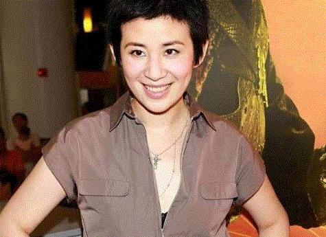 曾是一代喜剧天后,出卖梅艳芳,诋毁赵雅芝,如今无人跟她交朋友