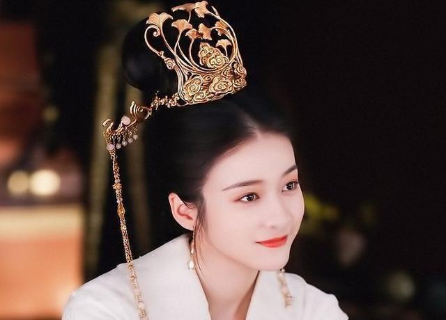 罗云熙新剧《鹤发王妃》外型比润玉还要帅, 女主更是好过杨紫!