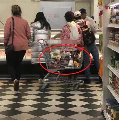 范冰冰素颜去超市购物,当她付钱时,网友:这才是明星真实消费