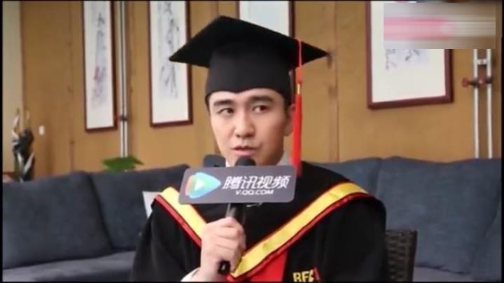 翟天临:我读博士便是为了进步艺术审好,隐得我跟其他演员分歧。