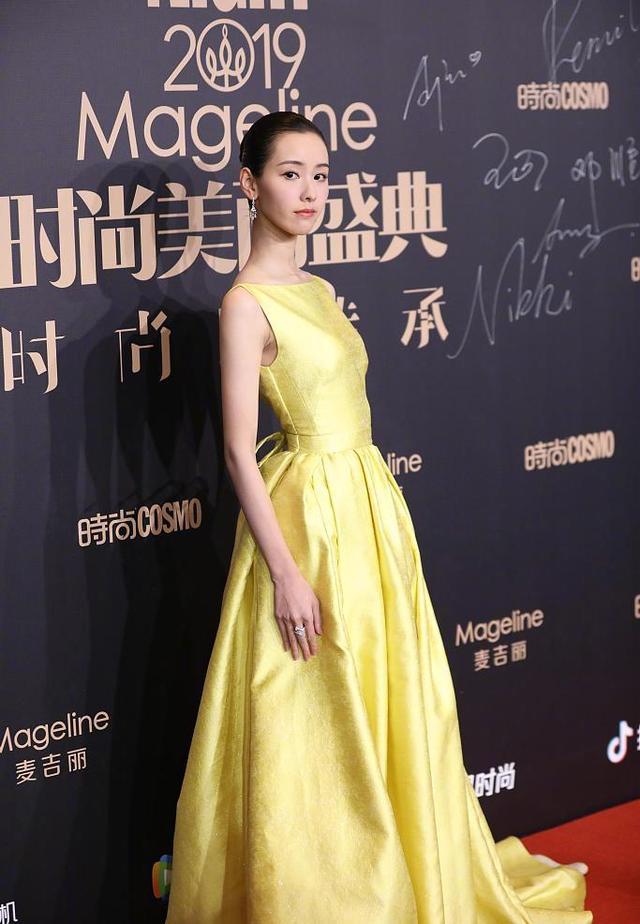 上海只有6度,女星却无惧寒冷斗艳,PS前后差最大的是宋茜和沈月
