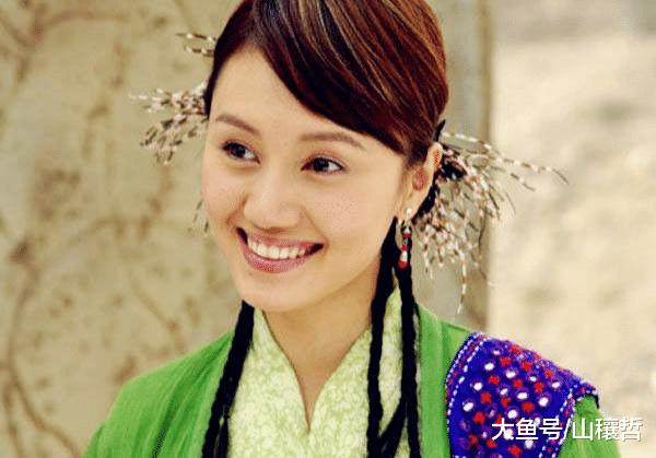 42岁袁泉的美都是假的,当她离开PS的时候,老到不敢认