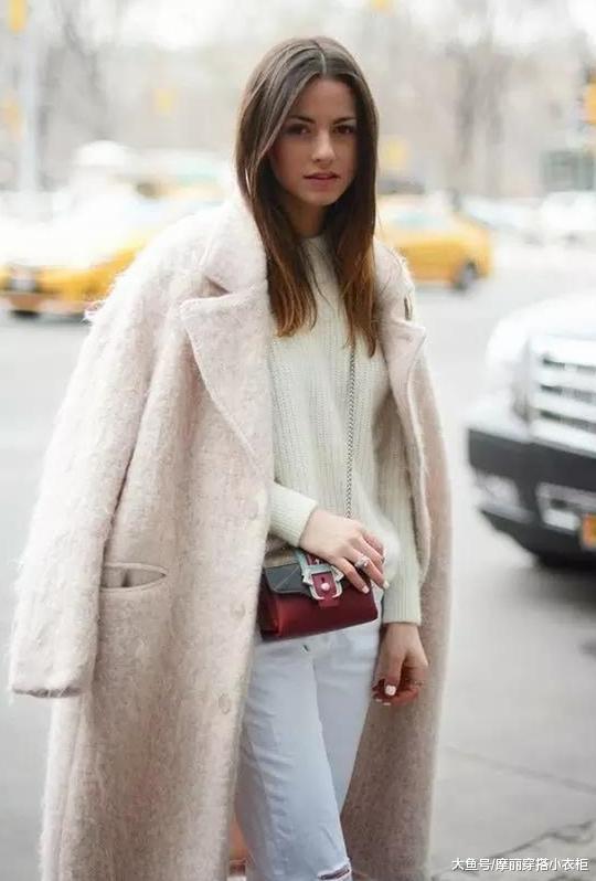烂大街的呢大衣,寒冬流行马海毛大衣,打造不一样的你